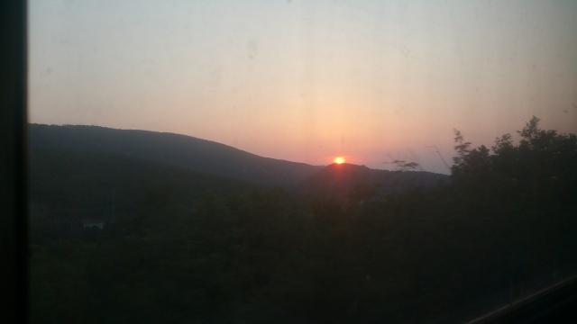 Solnedgang fra toget